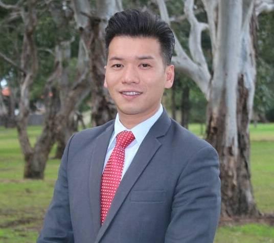 Simon (Xin Rong) Cai